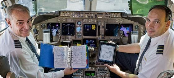 UA-flightdeck1