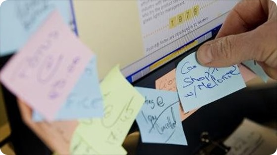 Post-it-Notes-are-stuck-to-q-computer-monitor-in-Washington-DC-April-23-2010_-AFP
