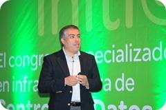 Hector Martinez durante su exposición