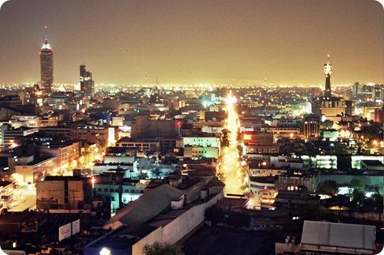 México_City_at_Night_2005